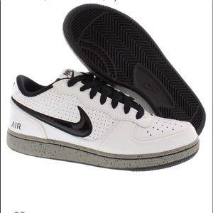 Nike Air Indee size 12 tennis shoe white